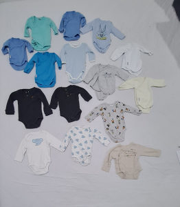 Odjeća za bebe - 108 komada ukupno