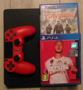 PS4 :: Playstaion 4 SLIM :: 1TB :: FIFA 20