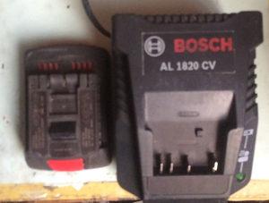 Baterija i punjac bosch