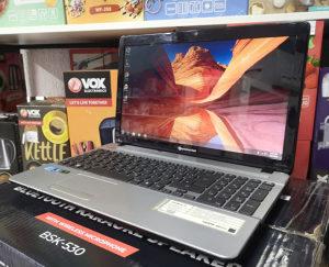 "Laptop PacardBell 15.6"" / i5-2410M / 8gb / Nvidia 2gb"