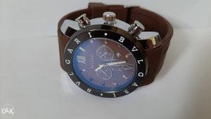 muski sat bvlgari sa datumom