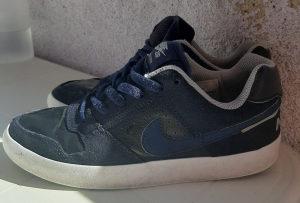 Patike Nike 37