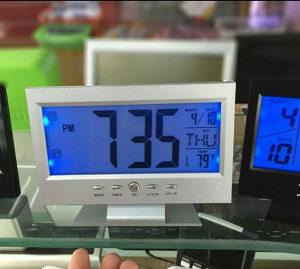 Led digitalni stolni sat *Novi model*