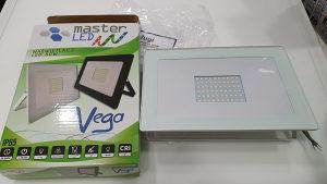 LED REFLEKTOR 50W = 400W SLIM 4500K Vodootporan