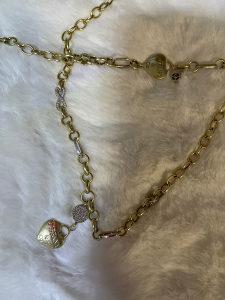 Zlatna ogrlica i narukvica