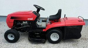 Kosilica traktor MTD 2 noza 5 brzina KAO NOVA