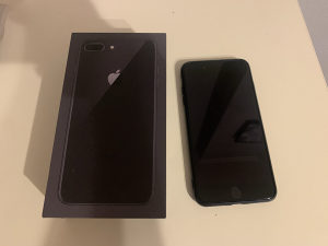 IPhone 8 plus 64gb kao nov icloud free jetblack iphon