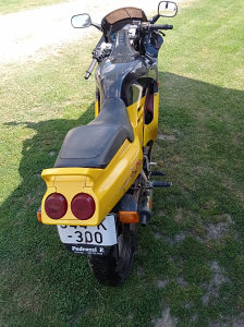 Honda nsr 125 ccm