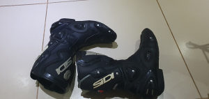 Sidi cizme za motor