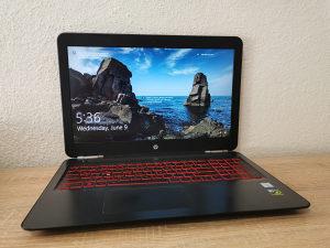 Gejmerski laptop HP Omen 15-ax i7-6700HQ 16GB 512GB FHD