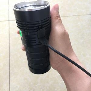 Sofirn Q8 Pro 11000 lumena