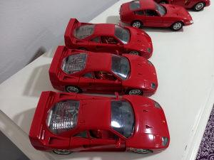 Ferrari i jaguar 1:18