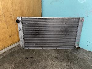 Hladnjak vode bmw e60 e61