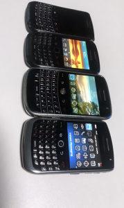 Blackberry paket akcija 4 Kom