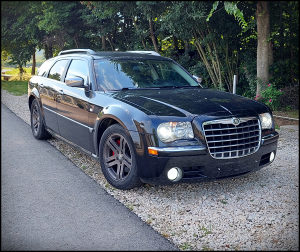Chrysler 300C Karavan 3.5 Benzin 183 KW - TOP STANJE!