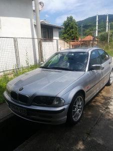 BMW 320 reg..