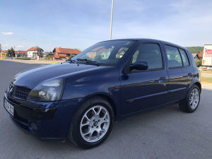 Reno clio-Renault clio