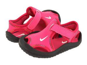 NIKE sandale, veličina 25