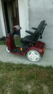 Invalidska elektricna kolica