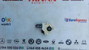 Motor i podizaca PD aud a5 a6 4F0959802D Trivan