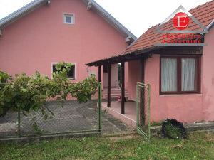 Prizemna kuća na placu površine 1.546m2  ID:3080/DŠ