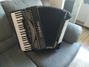 Guerrini harmonika,2+2,120 basova,prva klasa tonova
