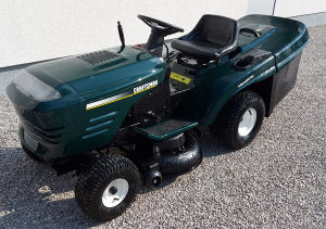 Kosilica traktor 2 noza 15 ks POVOLJNO