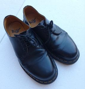 DR MARTENS cipele kožne original koža broj 43 muške
