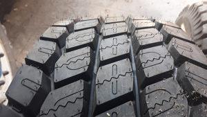 Kamionske gume 315/70/22.5 pogon 4 komada