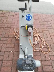 Mašina za brušenje betona