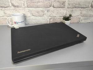 Laptop Lenovo ThinkPad w530 u dijelovima