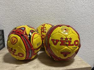 Lopta za futsal size 4