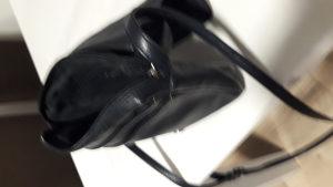 Zenska kozna torbica....original Barisal