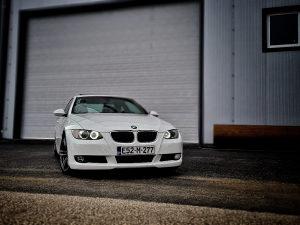 BMW e92 328i coupe