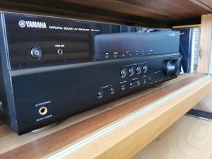 Yamaha pojacalo rx-v371