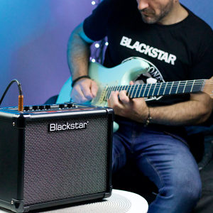 Gitarsko Pojačalo Blackstar  Poklon majica