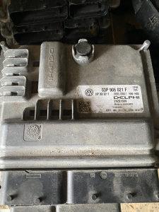 Kompjuter motora 03P 906 021 F - 1.2 TDI