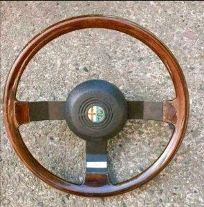 Alfa Romeo volan