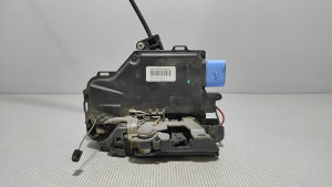3D2837016AB BRAVA VRATA  VW CADDY > 10-15
