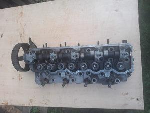 Glava motora Mitsubishi Pajero