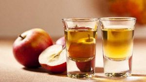 Rakija jabuka jabukovača