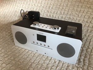 Radio, CD, Bluethoot i MP3 Player