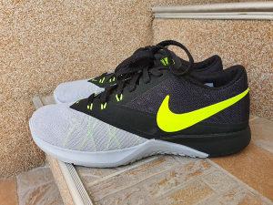 Patike Nike za trcanje br. 42,5