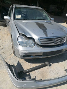 Mercedes C Klasa W203 220 CDI 2.2 2004 dijelovi