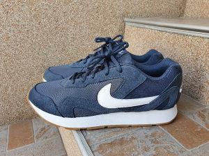 Patike Nike br. 47