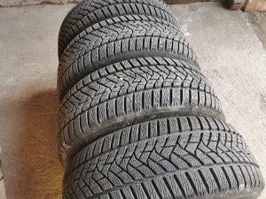 Gume 205 55 16 Dunlop