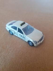 Siku Mercedes benz E 500 taxi