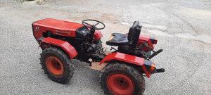 Traktor Traktori Tomo Vinkovic 821