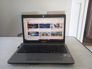 Laptop medion 4GB