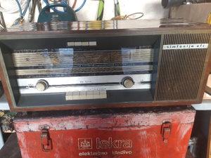Antika stari radion